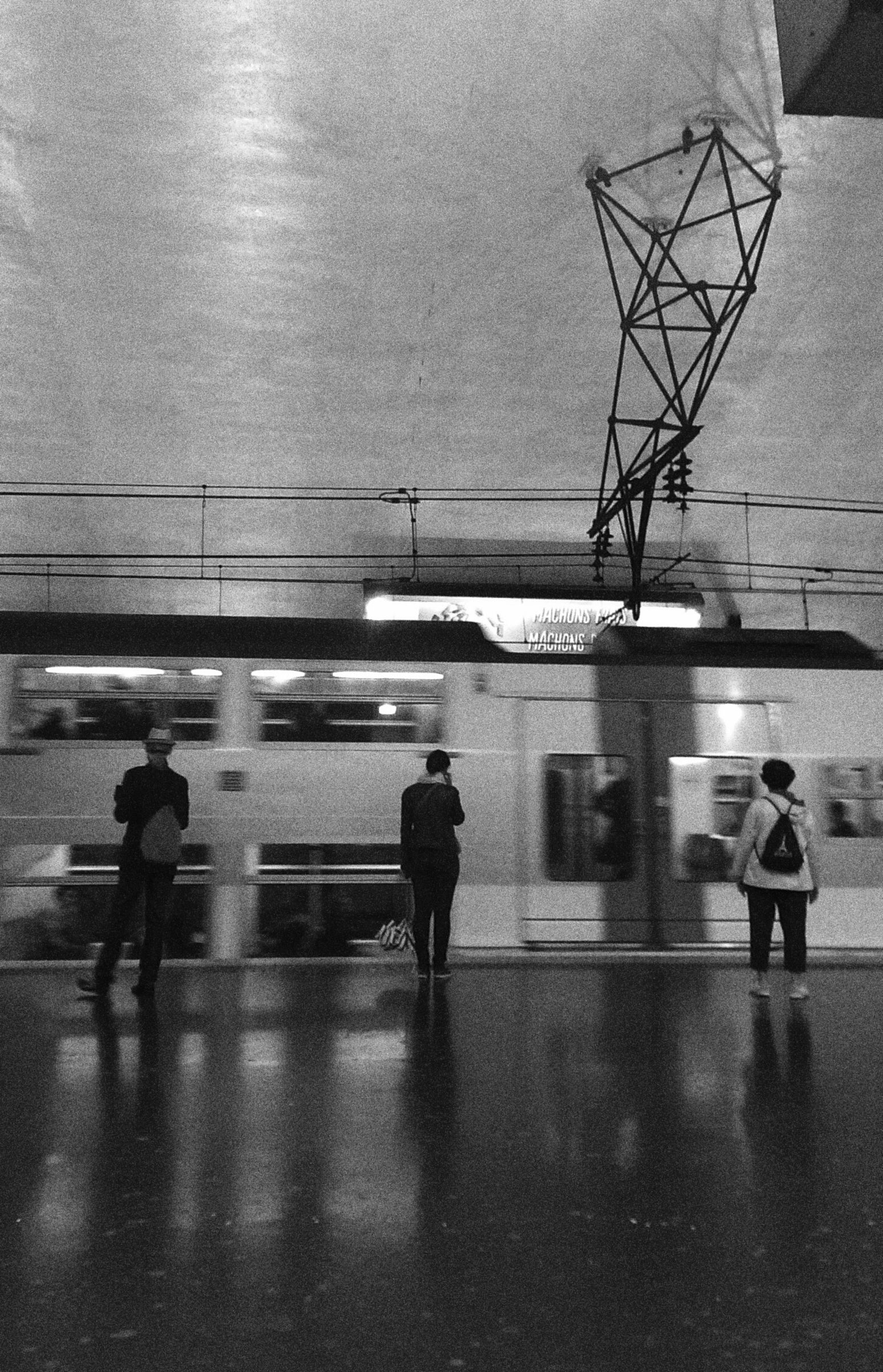 Black & White Loneliness Thatishowmodernitylookslike Parisian Subway Stories // RER subway line in Paris // Underground solitude // Stanislas Dejoie, Dualias // Avant-propos (my weblog post in French), @ http://dualias.fr/avant-propos // In need of positive collective actions & rebirth of universal peace around ++