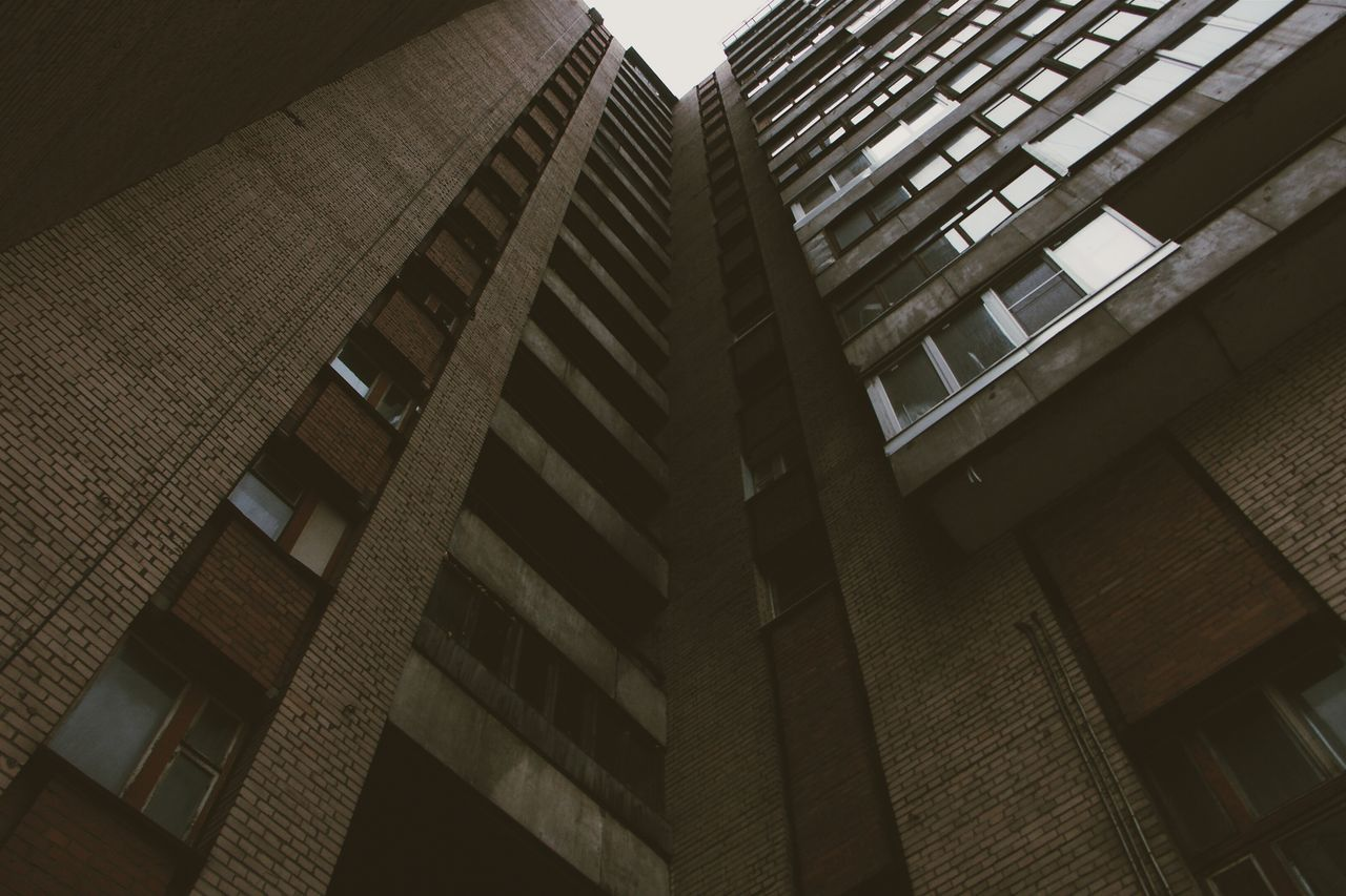architecture, building exterior, built structure, low angle view, building, modern, window, skyscraper, no people, outdoors, city, day, sky