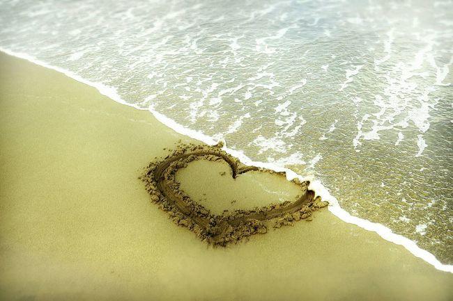 Sea Beachphotography Beach Heartbeat Moments Popular Photos EyeEm Nature Lover Heartbroken Heartbreak