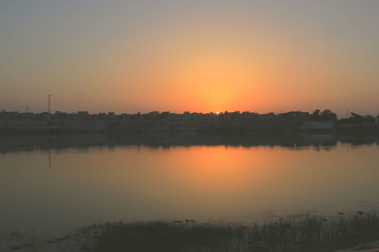 A beautiful Sunset over Lake Sharmishtha in my very small home town Vadnagar, India. Last Moment Shot Last Rays Of Sunlight Gorgeous_sunsets My Small Town Small Town Feel Small Town India