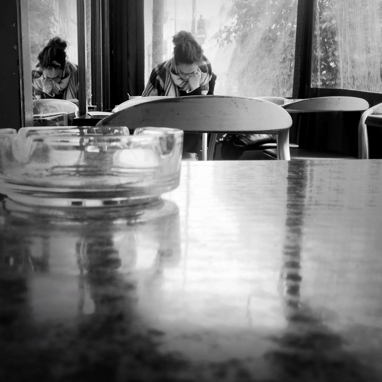 Learning in a coffee shop Part 2 Troquet Parisien Oggl IPhoneography Fortheloveofblackandwhite