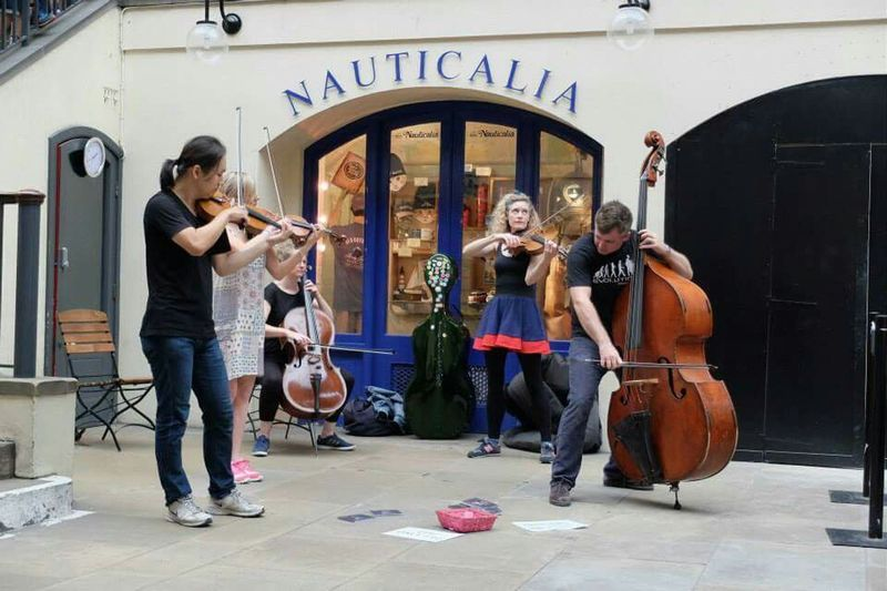 Walking Around People Watching Travel Photography Traveling Live Music Sightseeing England Coventgarden Coventgardenmarket Postcode Postcards