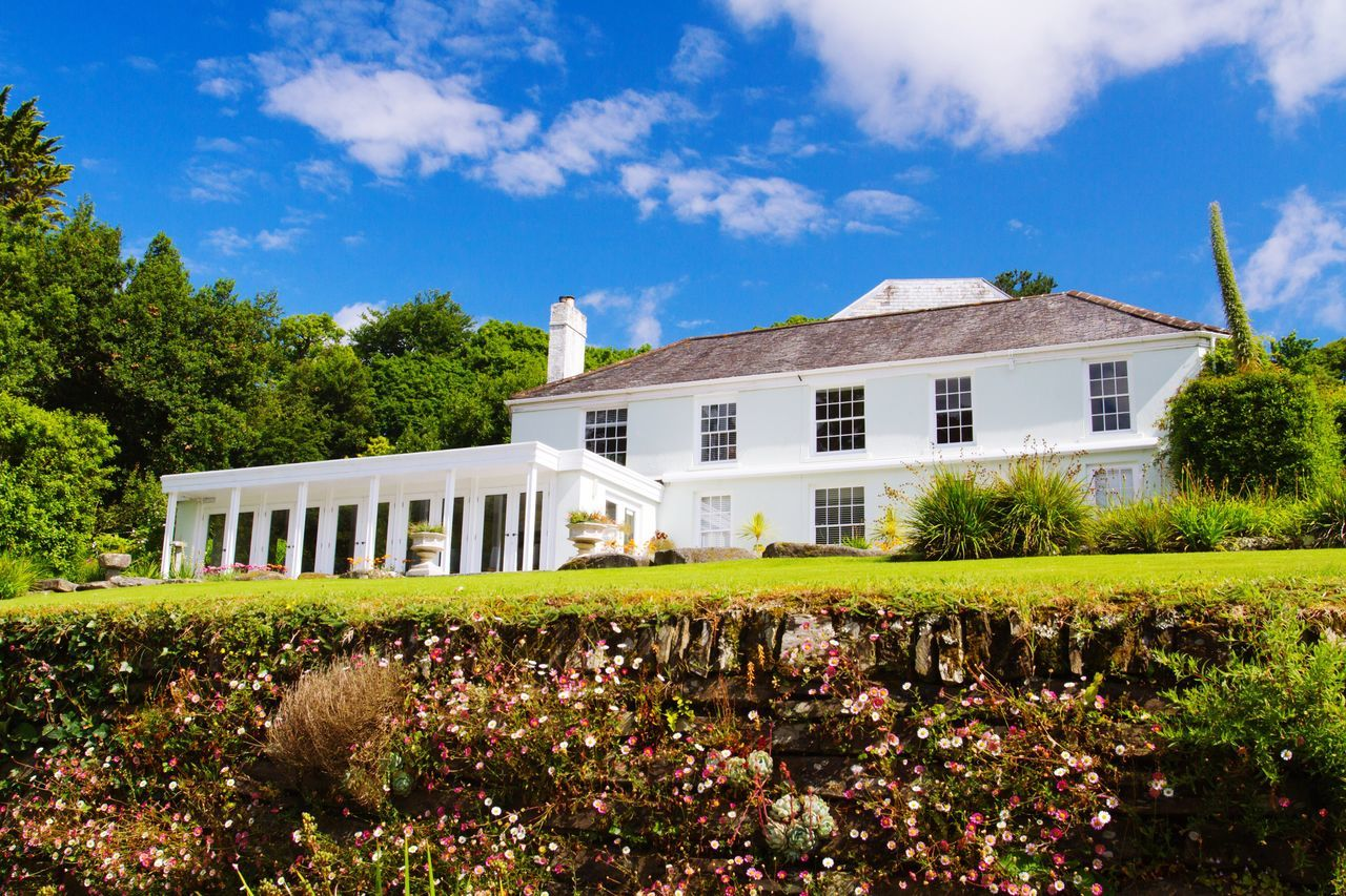 The main house of the beautiful Trebah Gardens in Cornwall, UK. Trebah Gardens Villa Holiday House Holiday Home House Home Sunshine Cornish Cornwall Cornwall Uk Gardens