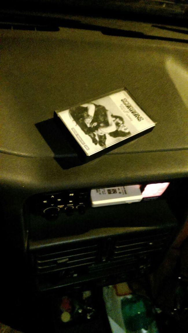 Listening Music Incar 90's Style