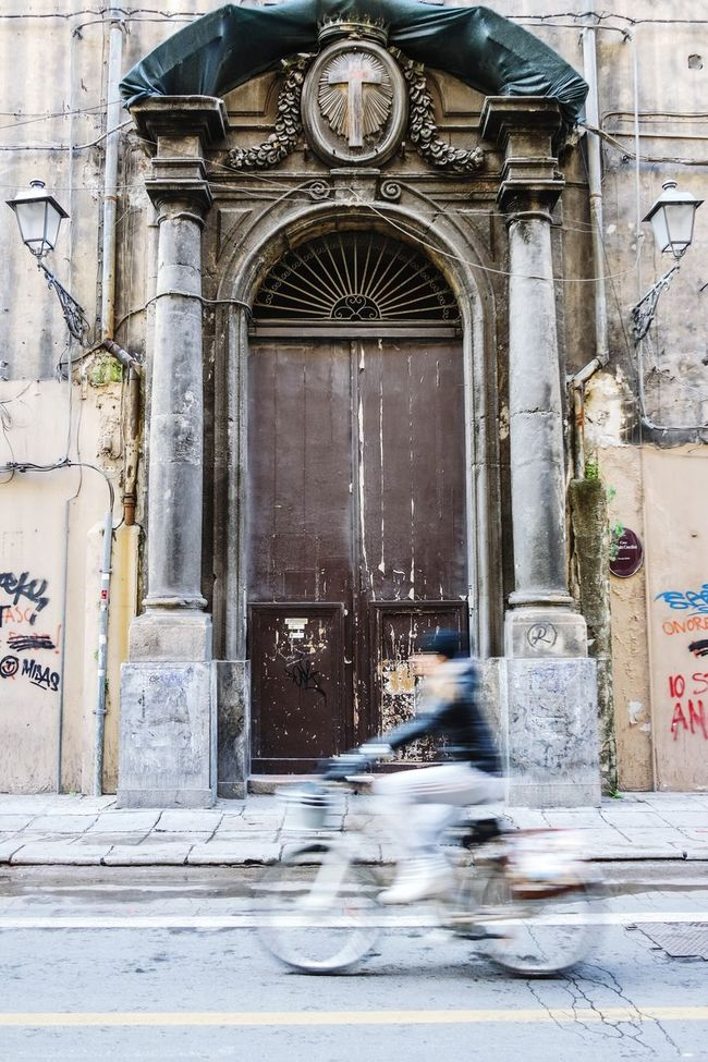 Bycicling in Palermo, Italy Doorsworldwide Doorporn Doors Lover Street Photography Streetphotography EyeEm Best Shots Fresh 3 Open Edit Urban Geometry Eye4photography  Taking Photos Street Lamp Monday Showcase: February