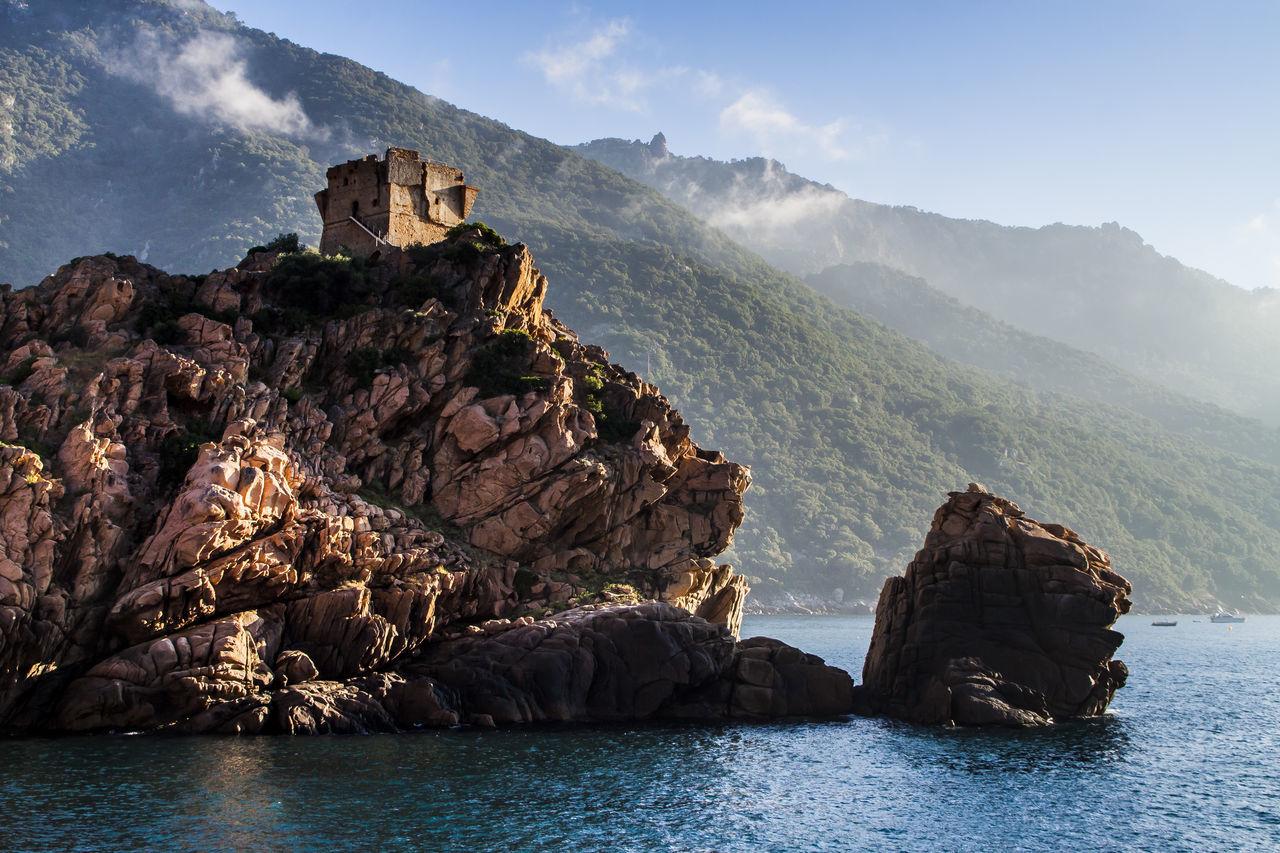 GR20 wandern auf Korsika. Berge Clouds And Sky Frankreich Gr20 Hikingadventures Insel Island Korsika Mountains Nature Photography Nature_collection Naturschutz Naturschutzgebiet Panorama Wandern Wolken