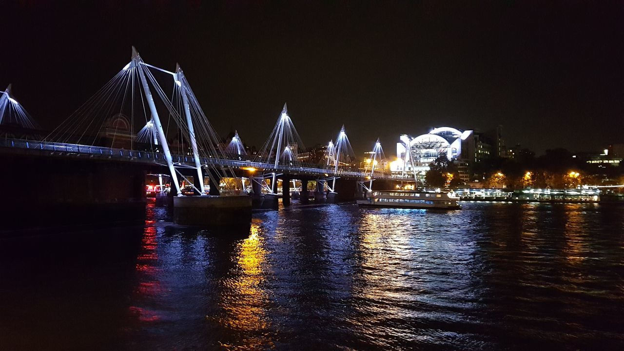 Hugerford Bridge Travel Destinations Silence Of The Night Famous Place Water Night Lights Art Gallery Eye4photography  The Street Photographer - 2016 EyeEm Awards London Lifestyle