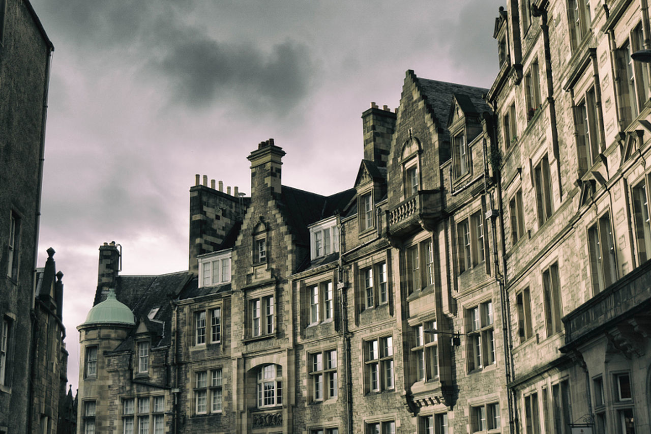 architecture, building exterior, built structure, low angle view, sky, no people, history, outdoors, day, city, cloud - sky