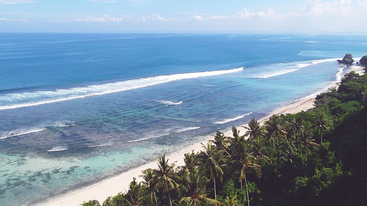 Morning view of the tide over the indian ocean Aerial View Beach Coastline Indian Ocean Nature Padang Padang Beach - Bali Perfect Spot Sea Shore Silhouette Tide Tube Uluwatu Water Wave Wild Share Your Adventure Surf's Up Reef The Great Outdoors - 2016 EyeEm Awards Lines Horizon Over Water