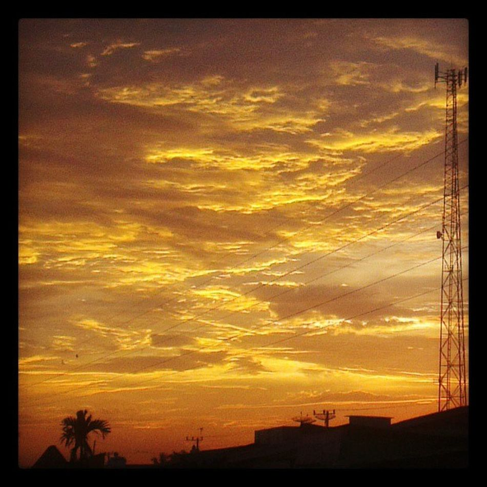 Beautifulsky Skies Sunset Sundown Cloud Tapung Kampar Riau INDONESIA Instadaily Instandroid Instandonesia Android HTC Onex Instagramers Goldlight Light