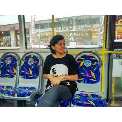 Me ayo naik bus