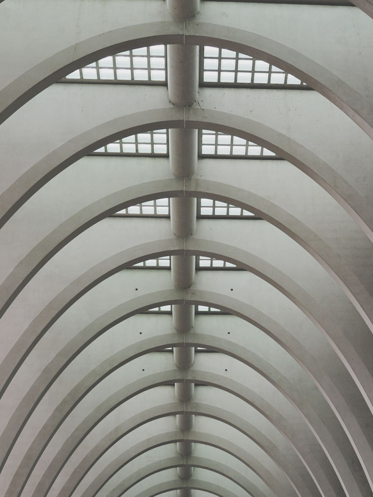 Gerippe Architecture Built Structure Architectural Feature Indoors  Pattern Steel No People Modern City Building Exterior Day Futuristic Golf Club Sommergefühle EyeEm Selects Architecture Madmen City Arch Let's Go. Together. Indoor Photography Inside Photography Moments Minimalist Photography  Liège