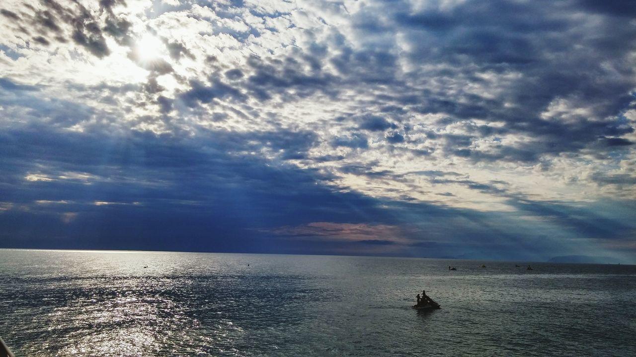Sea Mare Nuvoloso Nave Spiaggia Molo