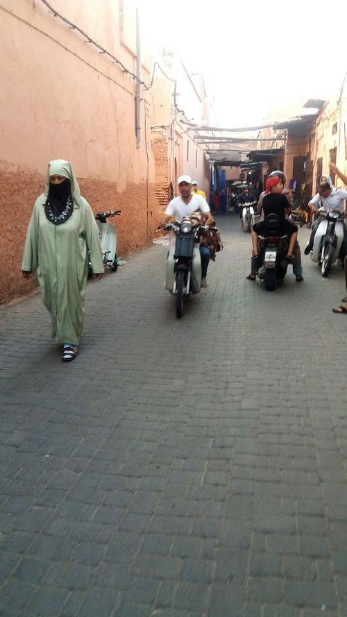 The life of the souk in Marrakech Life Marrakesch Woman
