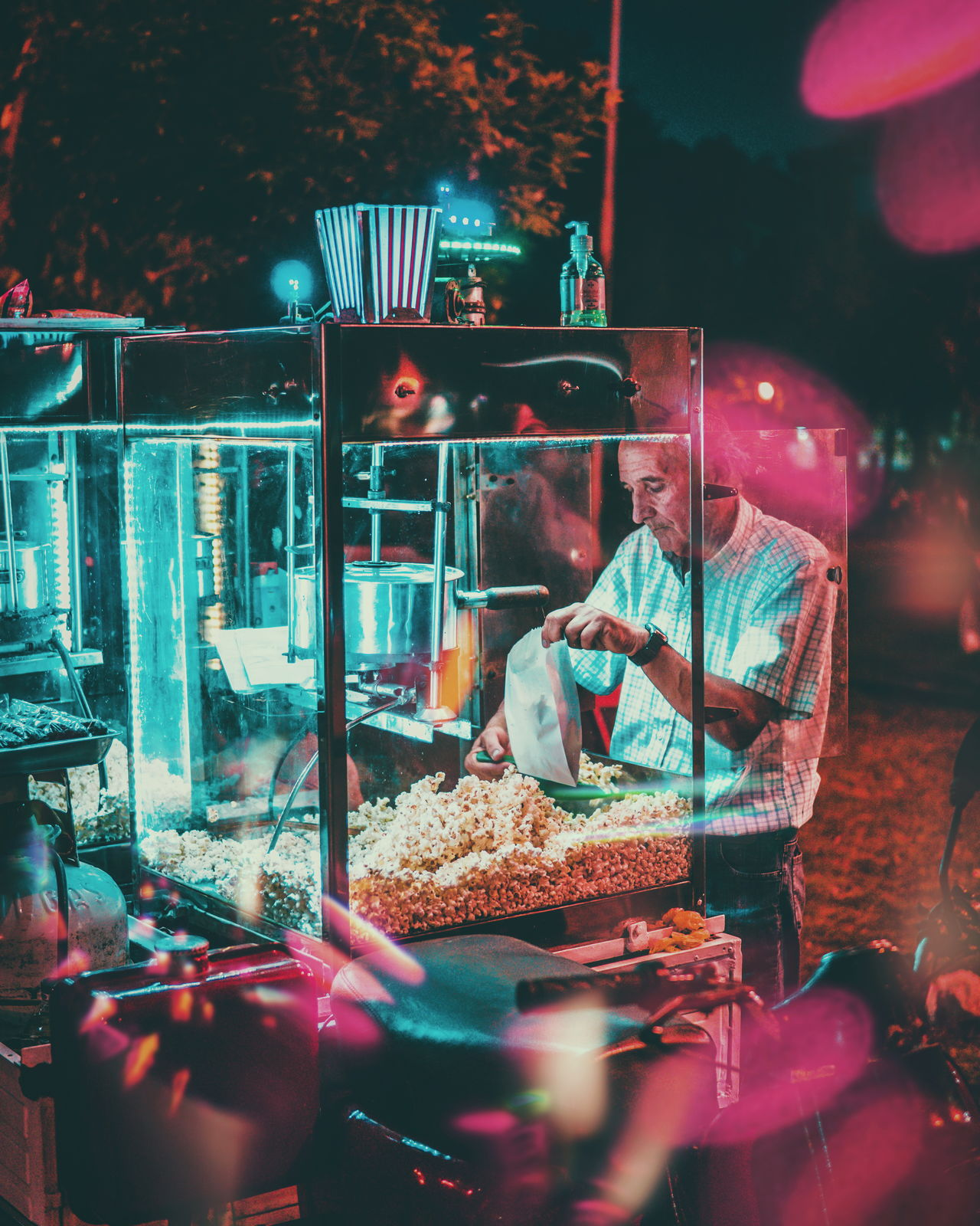 EyeEmNewHere night food people VSCO occupation streetphotography this week on eyeem Night Photography neon neon lights EyeEmBestPics one person Working Lights