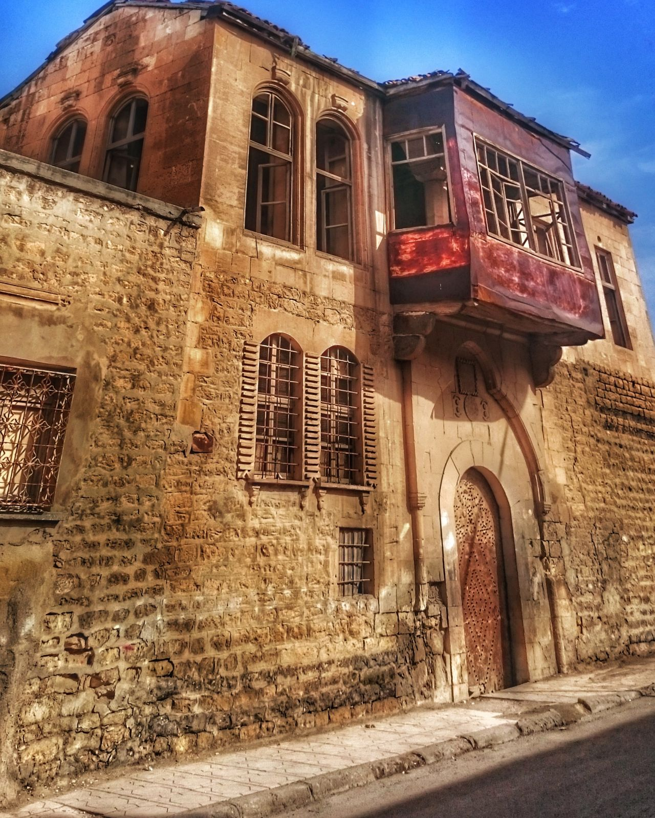 Architecture Building Exterior Built Structure No People Sky Outdoors Low Angle View Clock Day Hakandirik Turkey Old Buildings City Life City Travel Destinations Architecture Ottoman Life Kilis Old Architecture Oldhouse Hdr_Collection EyeEm Best Shots EyeEmTurkey Eskiev Historical Building
