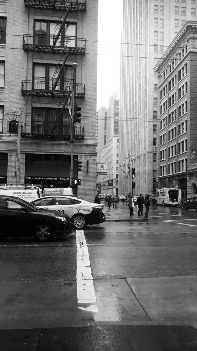 Drizzling Blackandwhite Afternoon in San Francisco Phoneography Street People City Walk