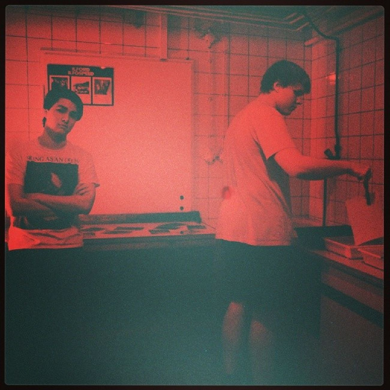 Franco und ich am Fotos Entwickeln in der JuBi