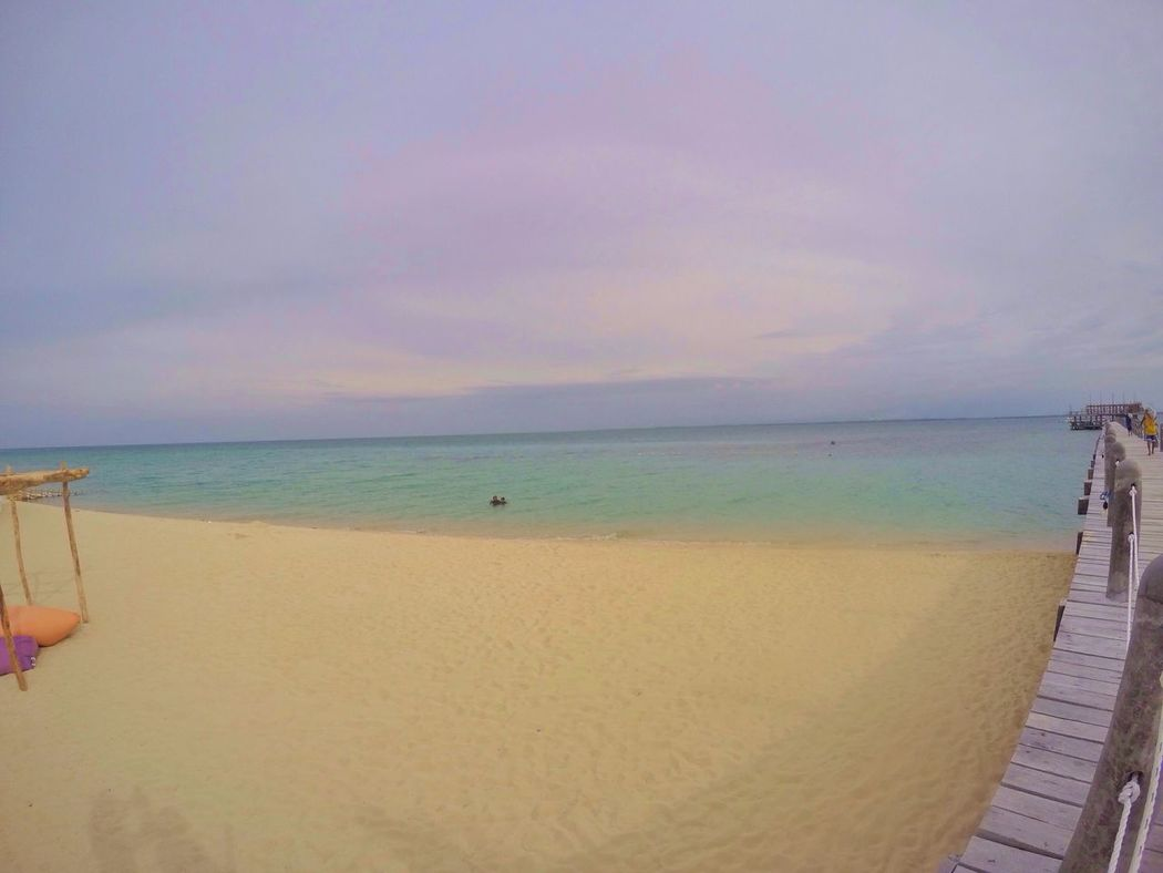 Goprooftheday Sea Beach Horizon Over Water Sand Water Lakawon Island Sky Scenics Nature Outdoors Clear Sky Tranquility Beauty In Nature No People Day