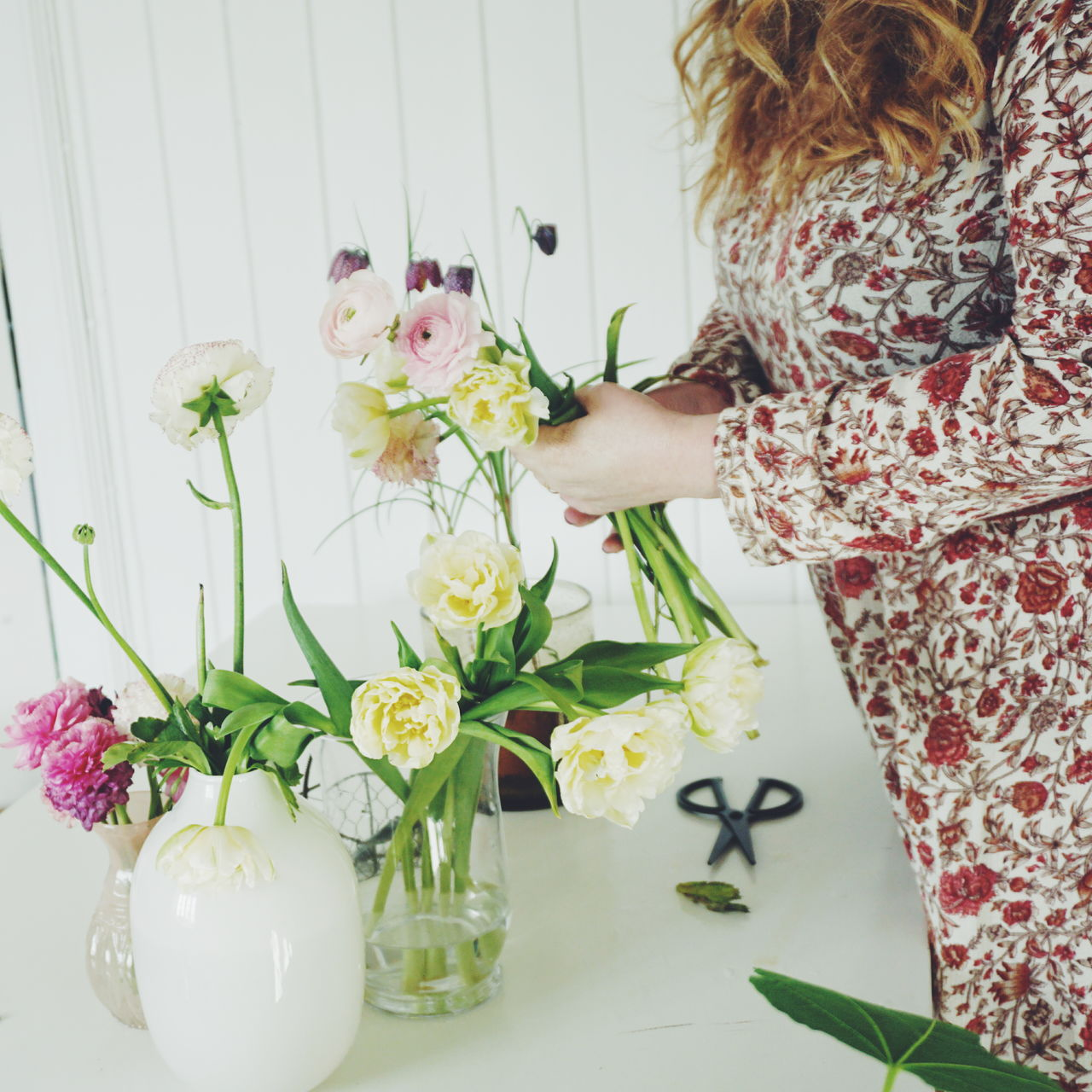 Making a bouquet of Spring flowers Adult Adults Only Bouquet Bouquet Of Flowers Bunch Of Flowers Day Flower Flower Arrangement Fragility Hands Hands At Work Indoors  One Person One Woman Only One Young Woman Only Only Women People Rose - Flower Spring Springtime Table Vase Women Young Adult
