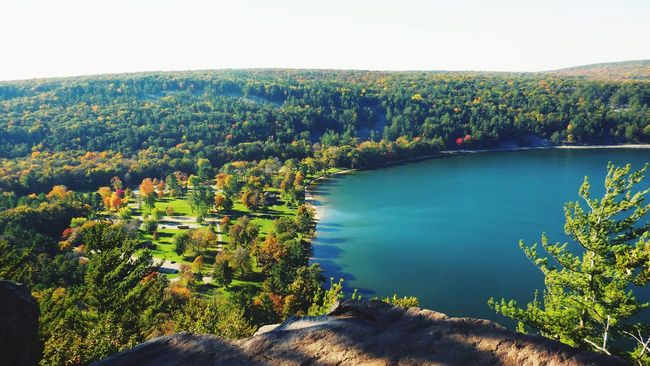 Scenics Beauty In Nature Nature Water Tranquil Scene Outdoors Lush Foliage Tranquility Landscape Lake Devilslake  Devil's Lake View From Above Brightblue Biglake