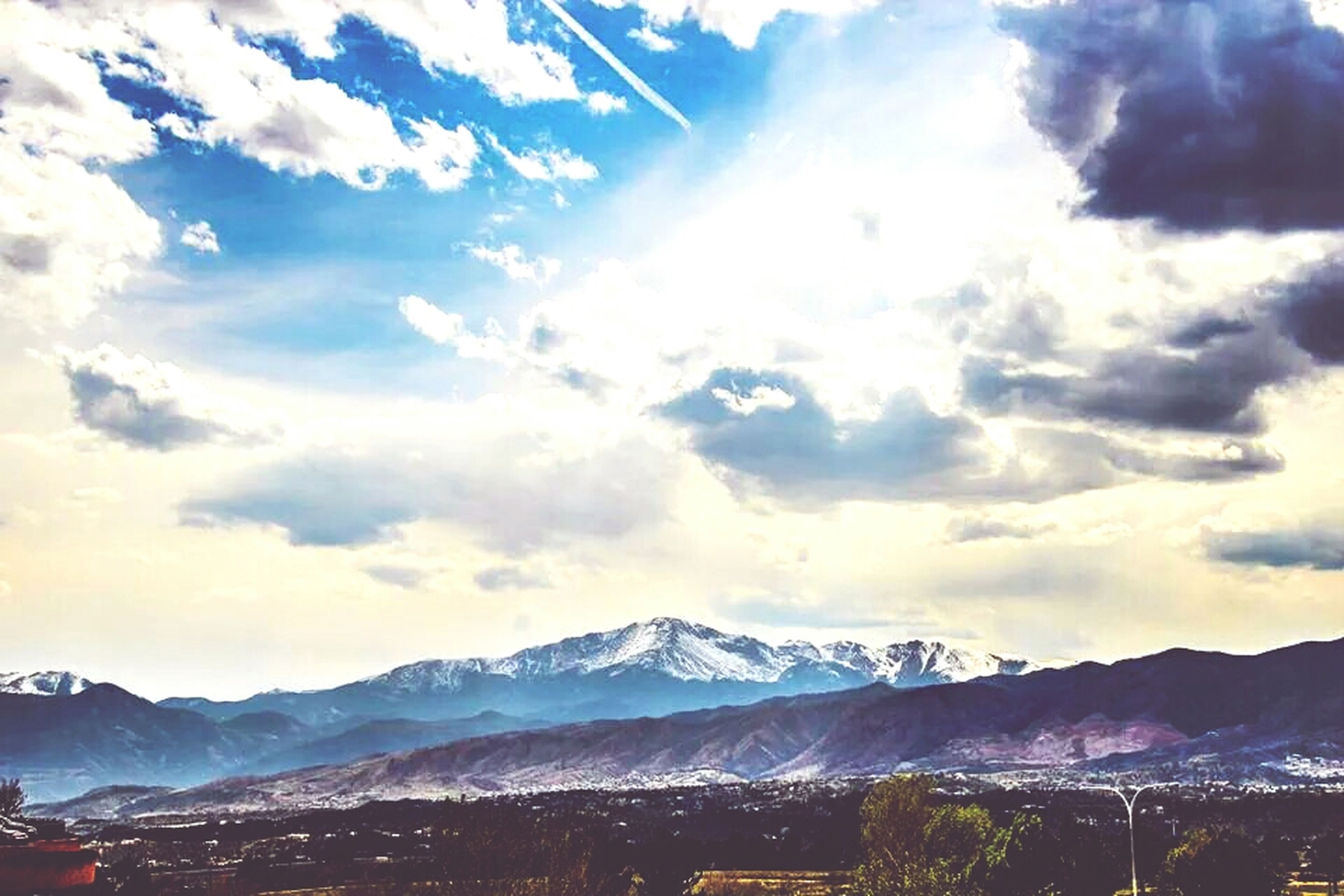 mountain, mountain range, snow, winter, scenics, tranquil scene, cold temperature, beauty in nature, sky, snowcapped mountain, tranquility, landscape, cloud - sky, nature, weather, season, non-urban scene, cloud, idyllic, covering