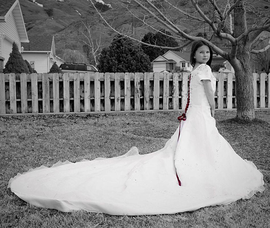 Wedding Dress Mamas Girl Love ♥ Pretty Girl Outside Photography