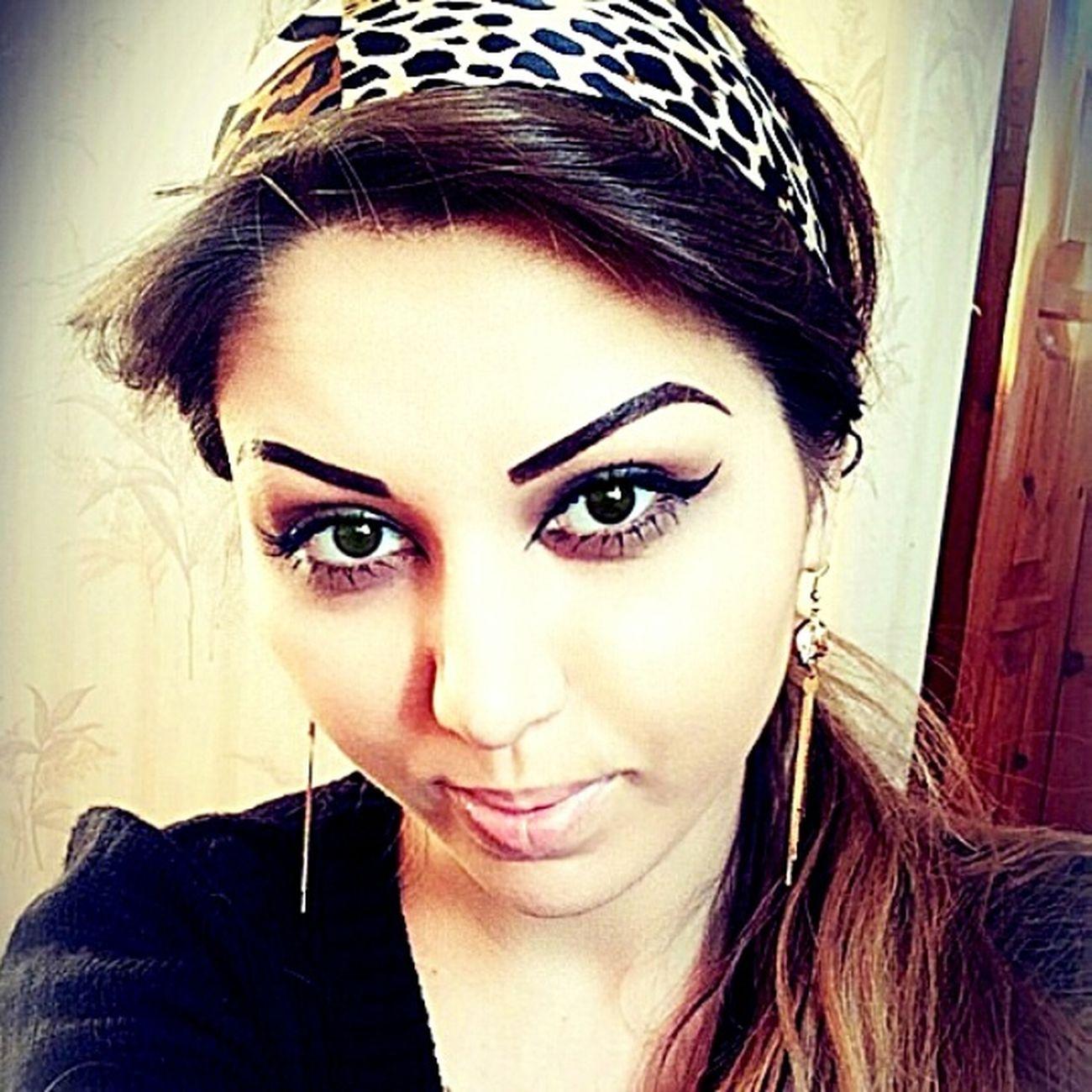 Katiel Khalif Fotosession Foto Islam Muslim Girls Dubai Model At Home lovely))
