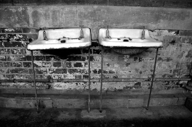 Sinks Abandoned Bad Condition Decrepid Deterioration Dirty Obsolete Sink Sinks
