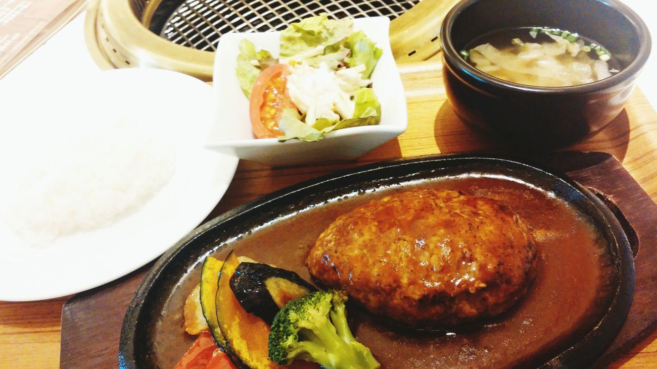 ハンバーグ Hamburger Steak
