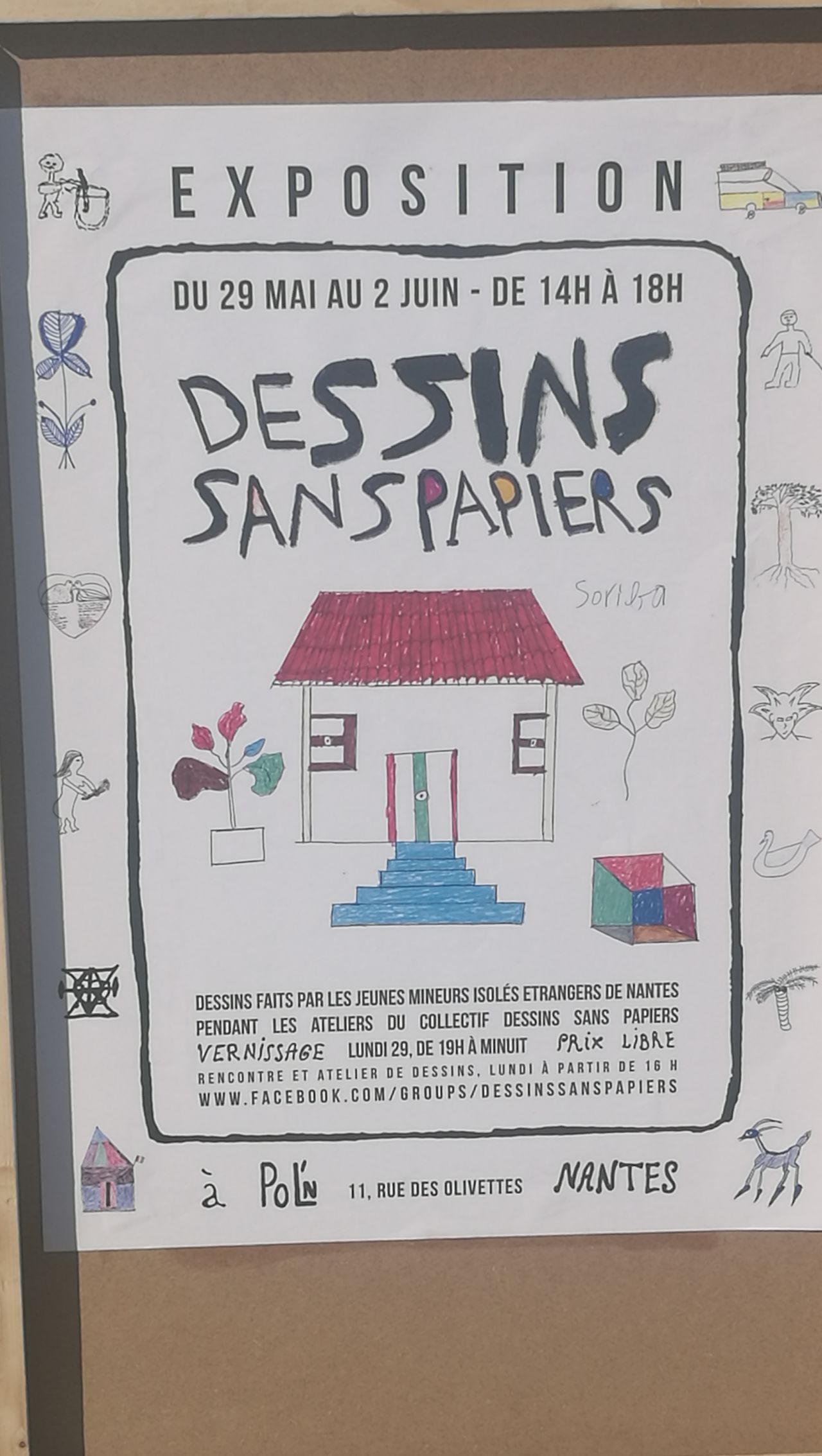 Nopapers Nantes Drawing Exposition Text Business Finance And Industry Communication Indoors  Close-up Instructions No People Day