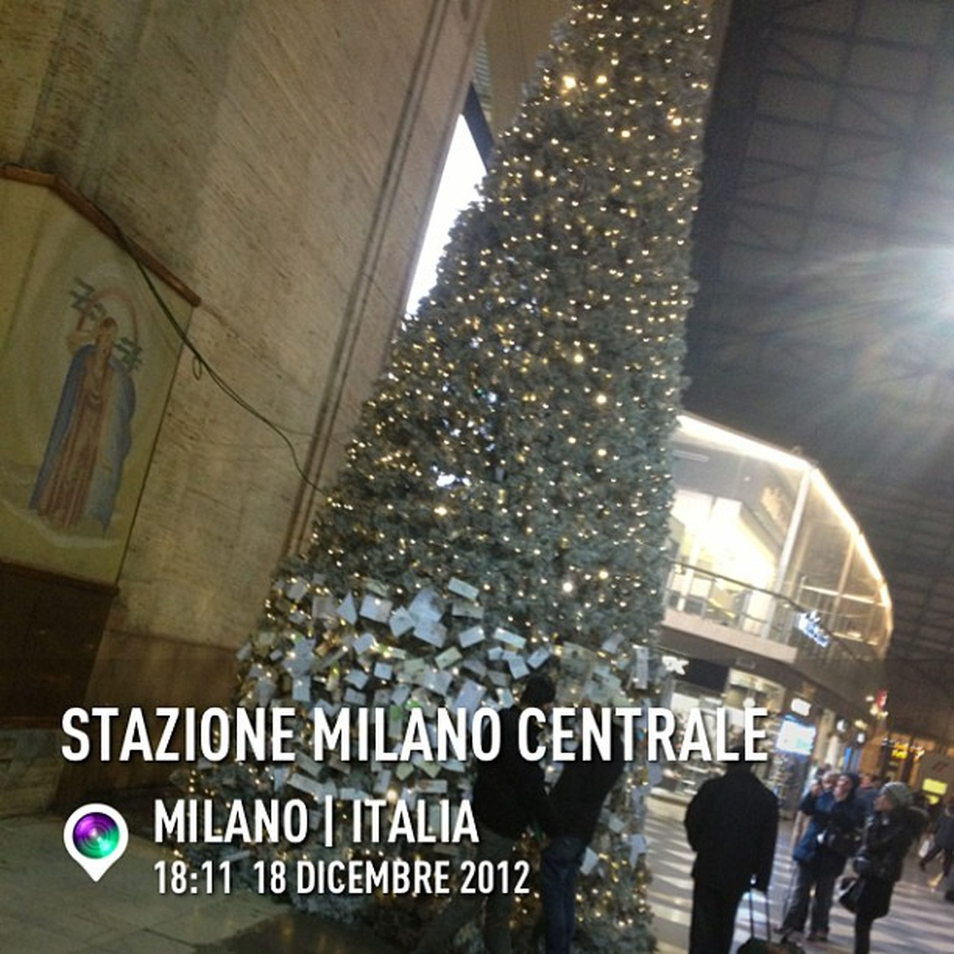 InstaPlace Instaplaceapp Instagood Photooftheday Instamood Picoftheday Instadaily Photo Instacool Instapic Picture Pic @instaplaceapp Place Earth World Italia Italy Milano Milan Stazionemilanocentrale Street Day