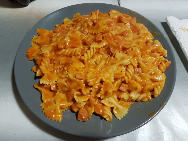 Check This Out Food Pasta Hod Dog Tomato Sauce Plate Grey Dinner Cadelbosco Di Sopra Yummy Home Cheese! Taking Photos