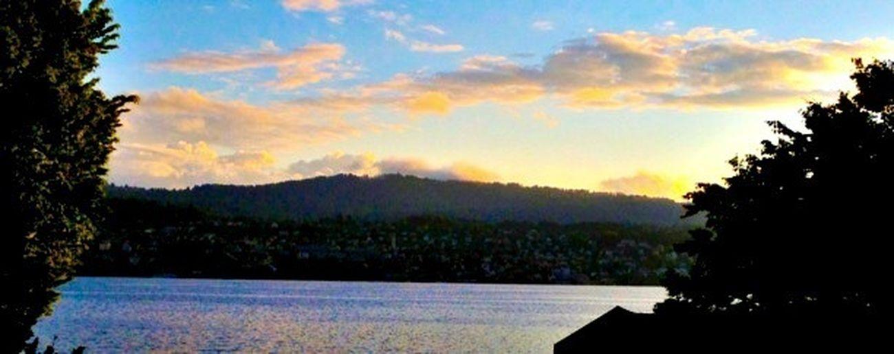 Sunset #sunset #sun #clouds #skylovers #sky #nature #beautifulinnature #naturalbeauty #photography #landscape Eye4photography  EyeEm Best Shots