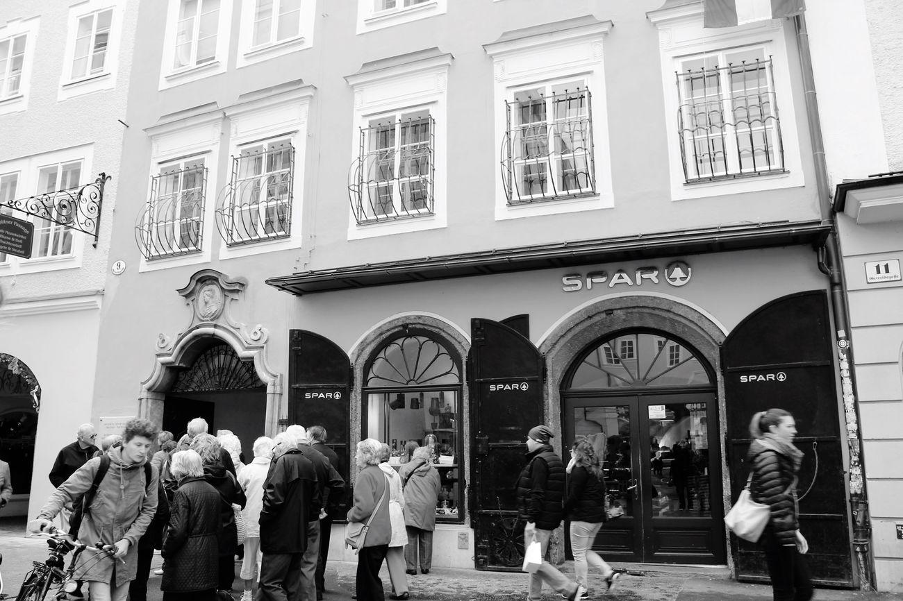The Street Photographer - 2016 EyeEm Awards Austria People MozartGeburthaus Salzburg, Austria Check This Out Taking Photos Enjoying Life