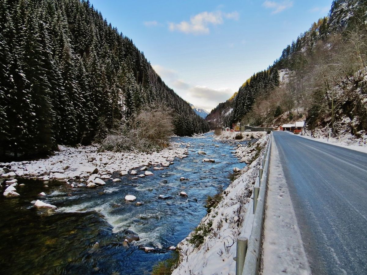 Along The Riverside Along The Road Along The Way Beauty In Nature Cold Temperature Day Hardanger Landscape Landscape_Collection Landscape_photography Låtefoss Nature Nature Nature_collection No People Odda Outdoors Sky Snow Tree Western Norway Winter Winter