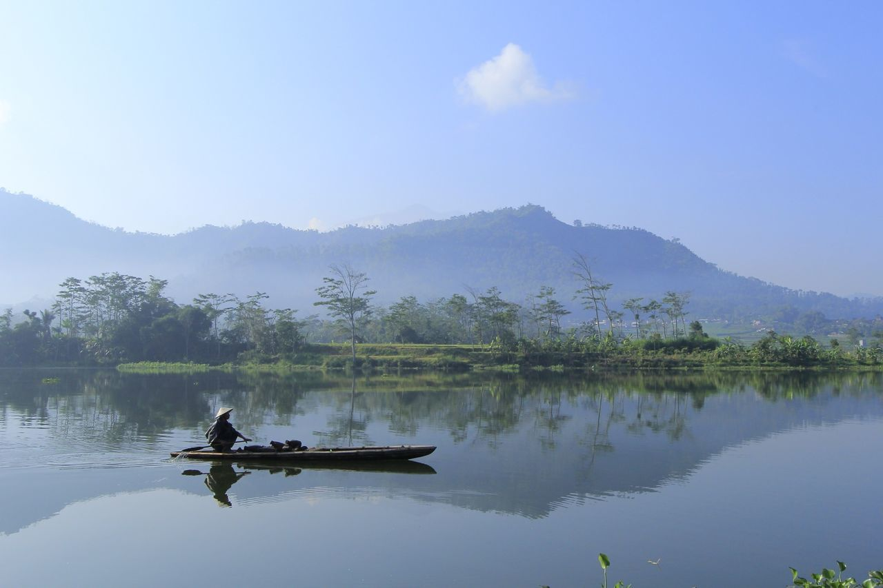 Beautiful stock photos of tropical, Canoe, Canoeing, Cloud, Cultures