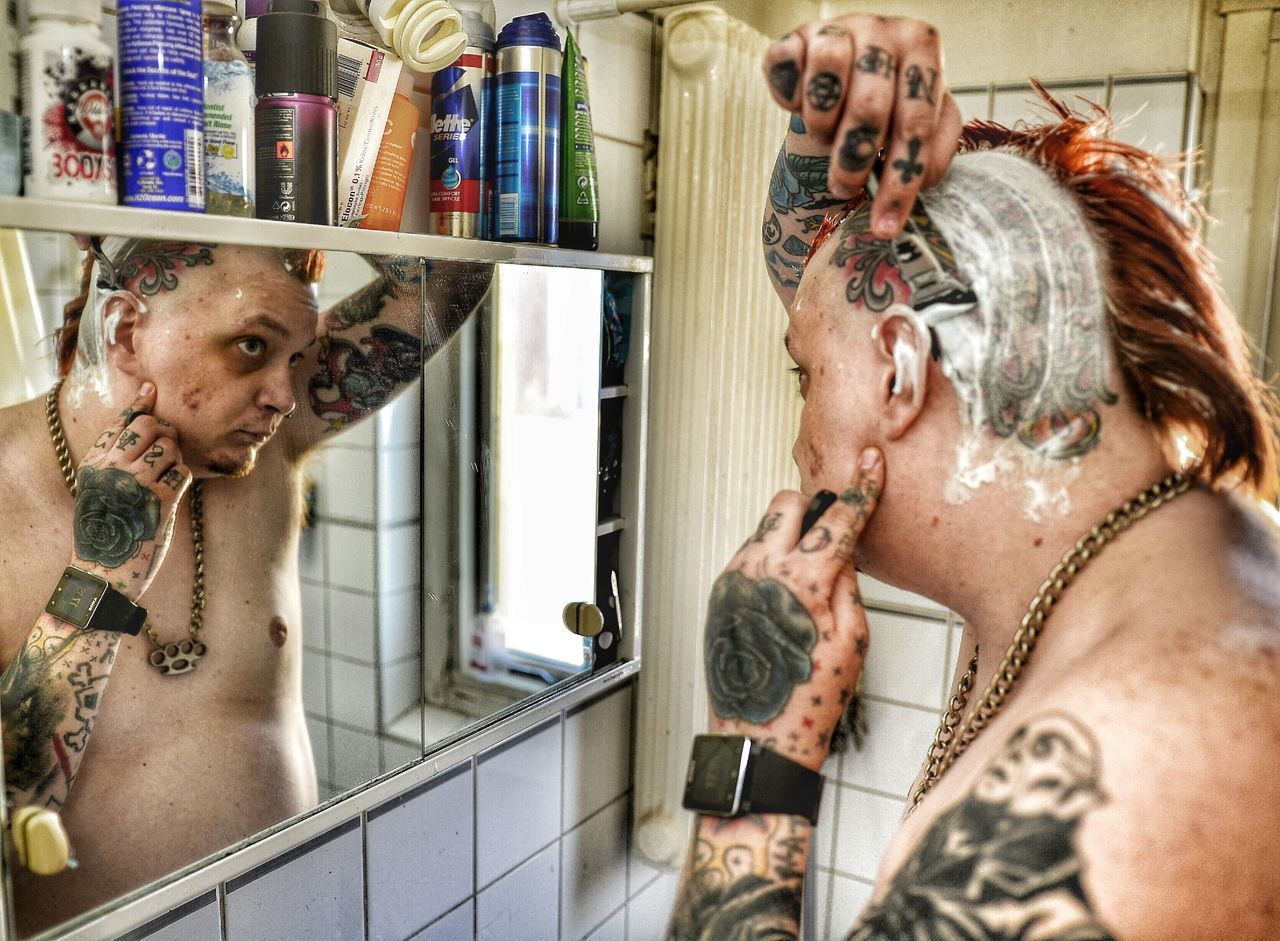 Nothing beats the feeling of a shaved head. Mohawk Shaved Head Haircut Sweden