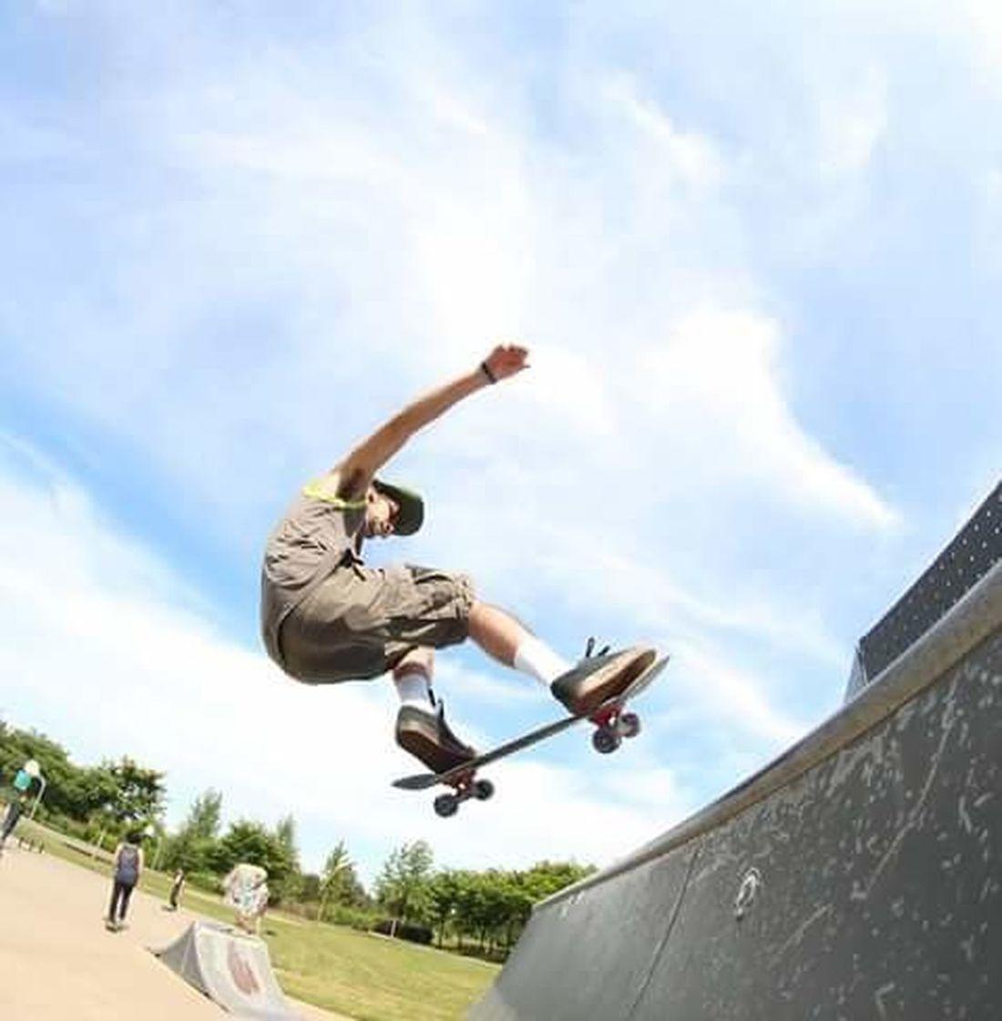 Athleisure Skate Or Die Thrashers Fly High Trick Photography Skatelife Skateboard Skate Till I Die Shredthegnar Skaters Skate Park Skateeverydamnday Festive Season Pivotal Ideas