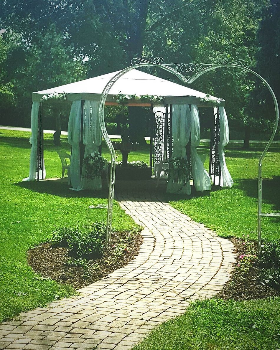 Gazebo Life Wedding Photography Wedding Decoration Outdoor Photography Outside Photography Outsidewedding Lazy Cloud Wedding Fontana, Wisconsin