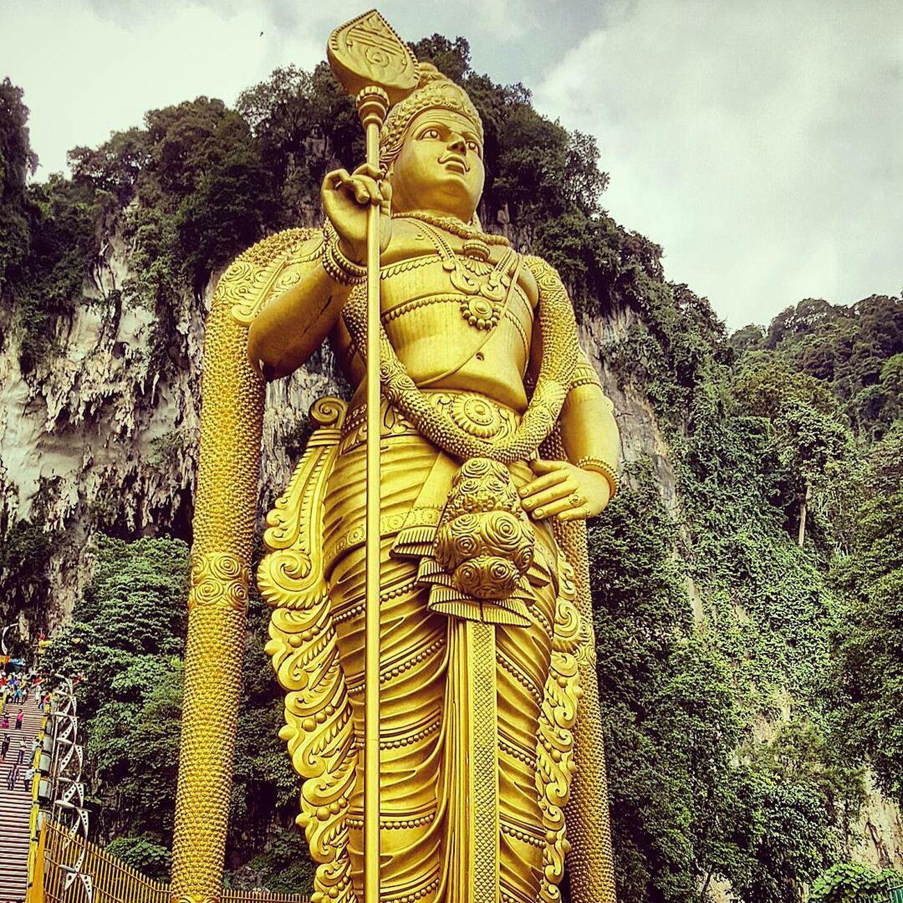 Lord Murugan Kuala Lumpur Temple Statue Gold Statue 43 Golden Moments