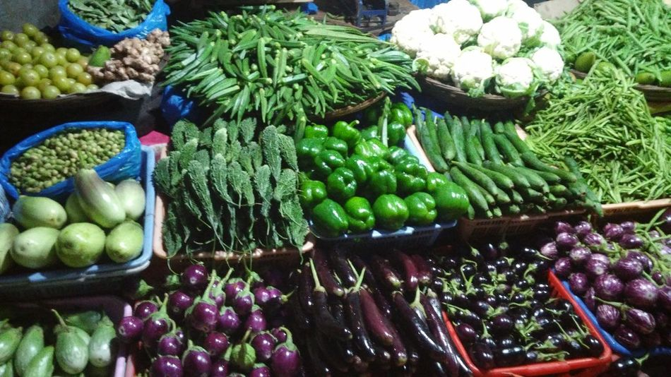 Food Freshness Variation Choice Market For Sale Market Stall Food And Drink Retail  Healthy Eating Large Group Of Objects Vegetable High Angle View No People Day Outdoors 6 Types Of Bringal Capsicum Pepper Cauliflower Bitter Gourd Lady Fingers AMLA Green