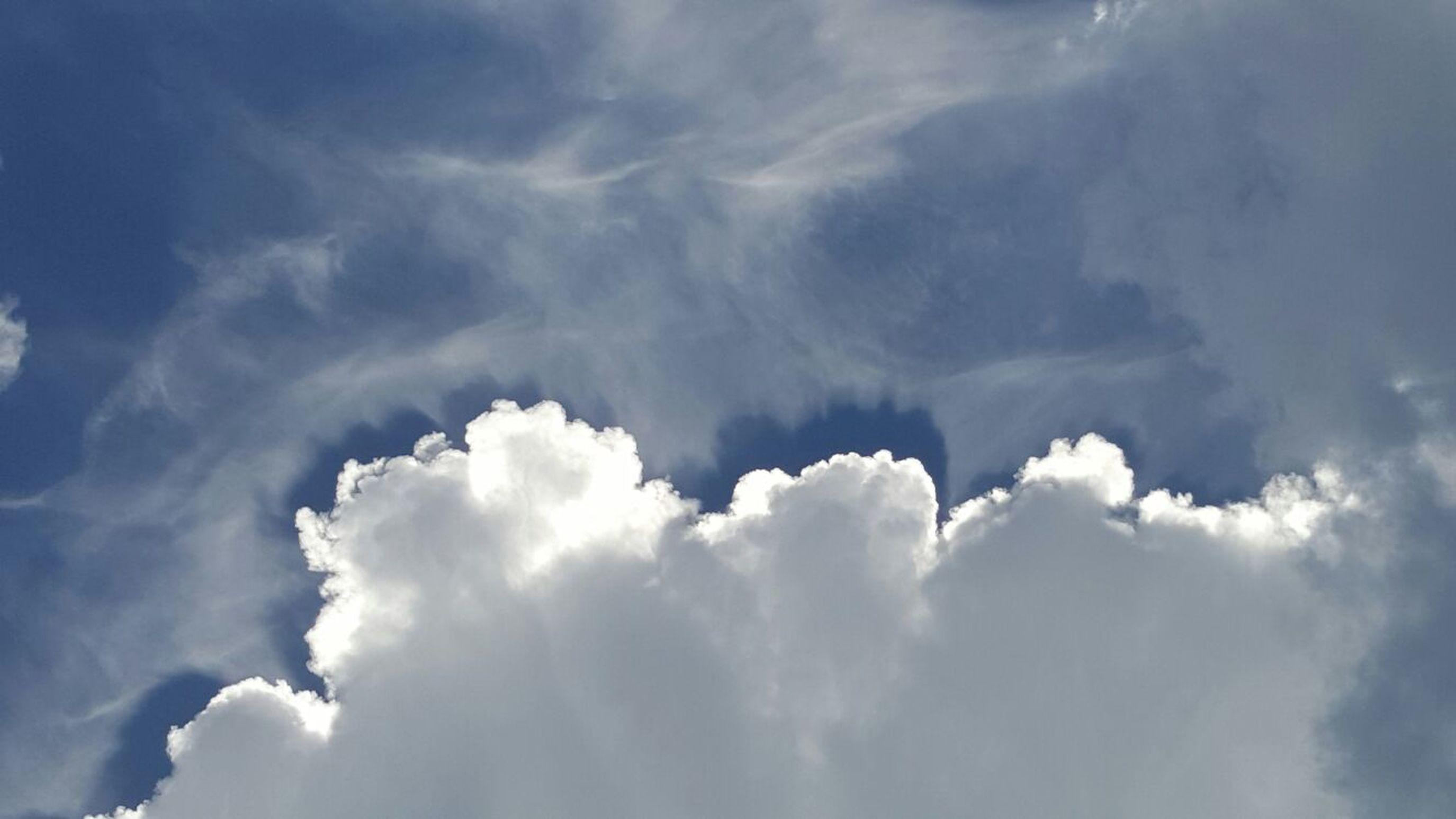 First Eyeem Photo Nuvole Cielo E Ombre