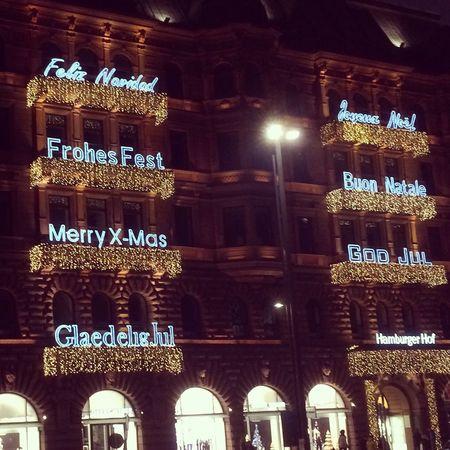 #Hamburg am Jungfernstieg... Hanging Out Enjoying Life Weihnachten Weihnachtsmarkt Hamburg