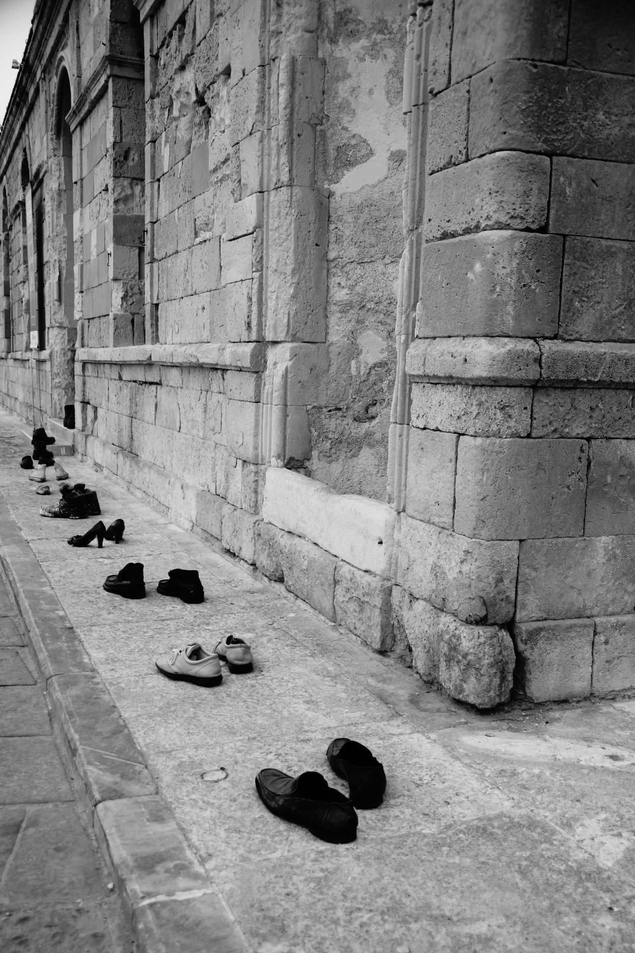 Amazing mesage Amazing Ancient Architecture Ancient Building Architecture Art Art Is Everywhere Black & White Black And White Row Rows Of Things RWO Shoes Standing Standing In Line The Architect - 2017 EyeEm Awards The Great Outdoors - 2017 EyeEm Awards The Street Photographer - 2017 EyeEm Awards