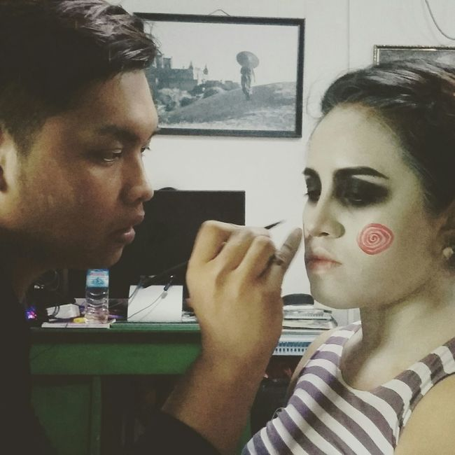 Behindthescenes Makeupartist Sue_nandar_htet Diva_sndh Holloween Saw