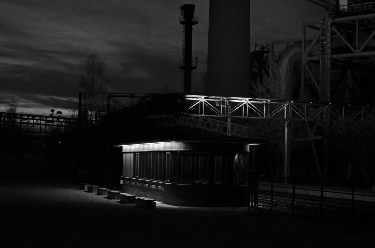 Architecture Blackandwhite Dark Duisburg Illuminated Industrial Atmosphere Atmospheric Mood Landschaftspark Duisburg-nord Ruhrgebiet Ruhrpott Tranquility Absence Evening Black And White Tranquil Scene Dui
