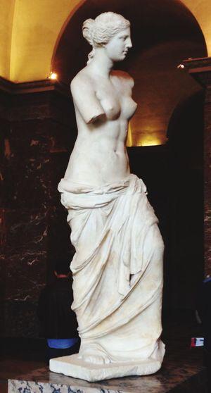 Back at the Louvre today Venus De Milo Michaelangelo Louvre Paris France Art Art Gallery Eyeem Art EyeemArtLover