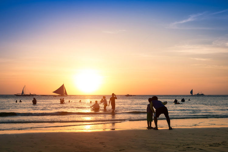 Silhouette of unrecognizable people tourist at Boracay island Philippines Beach Life Beach Photography Boracay Island  BoracayIsland Philippines Philippines Photos Silhouette Silhouettes South East Asia Tourists Travel Travel Photography Traveling Beach Beachlife Beachphotography Boracay Boracay Philippines Island Real People Sailboat Selfie Sunset Travel Destinations Vacations