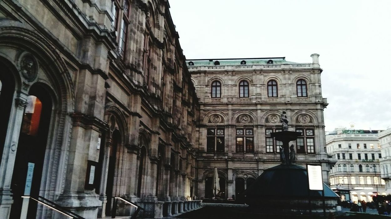 Travel Destinations Architecture Building Exterior Cultures History City Travel Built Structure Tourism Arch Outdoors No People Sky Day Europe Trip Vscophile Vscogrid Vscogood VSCO Vscocam Austria Vienna Europe IGDaily Eurotrip EyeEmNewHere Welcome To Black